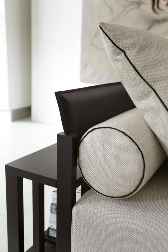 Close - up detailing of the Bolero sofa from Porada.