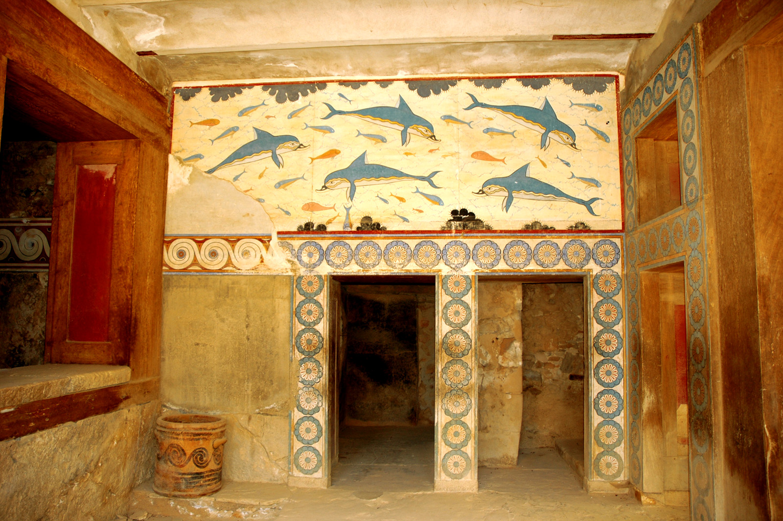 File:Inside the ancient Minoan Palace of Knossos (1700 BC) - Crete, Greece  - panoramio.jpg - Wikimedia Commons
