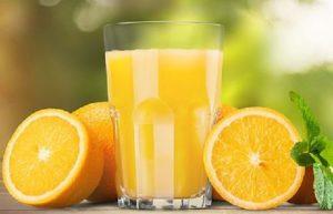 Sau sinh nên uống nước gì cho tốt - Nước cam