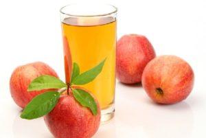 Nước ép táo giúp mẹ bầu nhiều sữa sau sinh