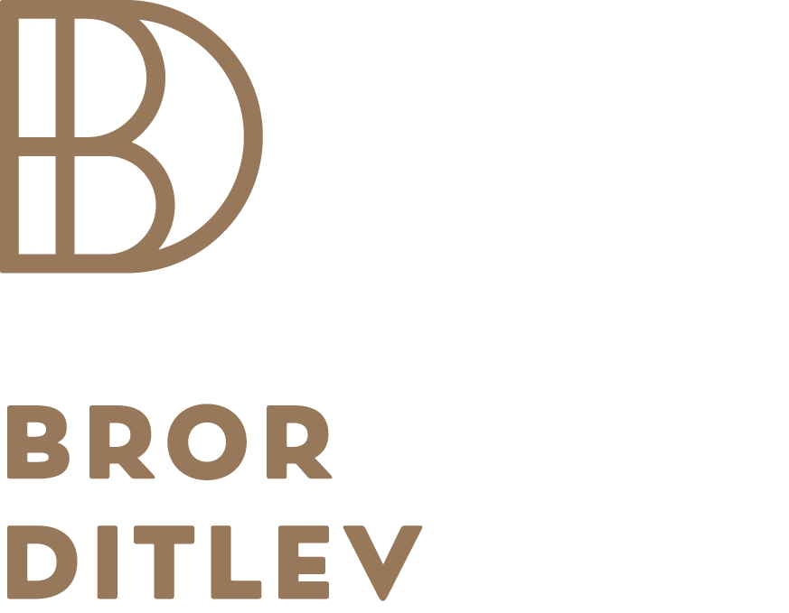 Bror Ditlev Logo