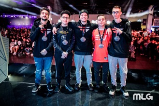 Simp and his FC Black teammates posing with medals after winning the MTN DEW® AMP® GAME FUEL® Open Bracket.