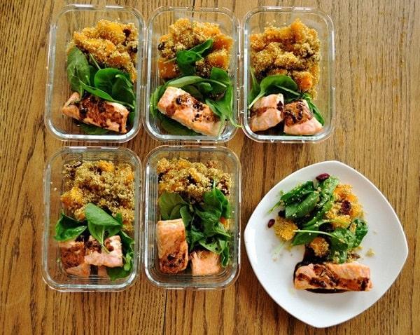 Ăn nhiều bữa phụ trong ngày giúp tăng cân