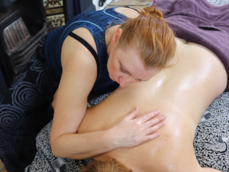 Tara massaging in the Therapy Room (c) Therapy Room Annan
