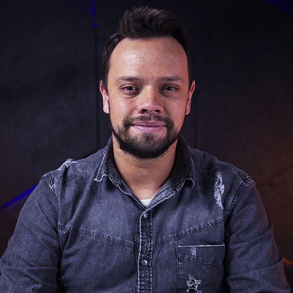 Thiago Rodrigues criador do Curso DG Essential