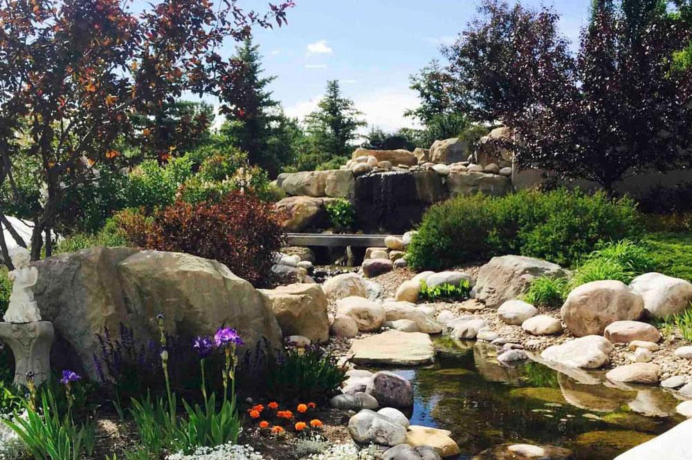 Devonian Ridge landscaping