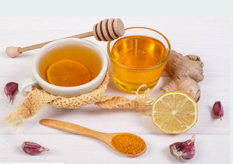Nghệ và mật ong còn giúp lọc sạch máu, đào thải độc tố và bảo vệ thận