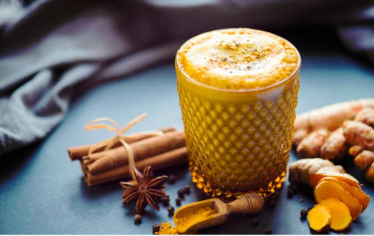Uống tinh bột nghệ với mật ong giúp kháng viêm