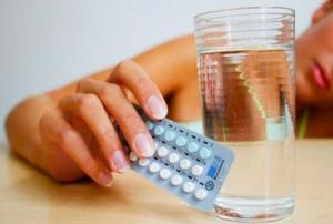 Kinh nguyệt kéo dài do sử dụng thuốc tránh thai