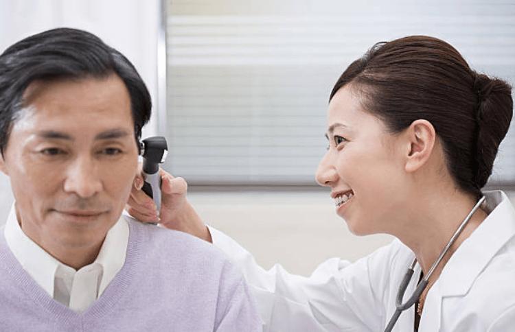 Kiểm tra tai thường xuyên