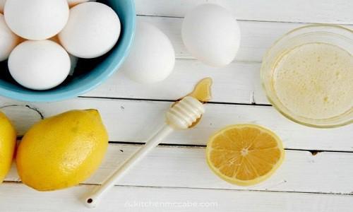 Cách trị mụn bằng trứng gà luộc, lòng trắng trứng đắp mặt nạ