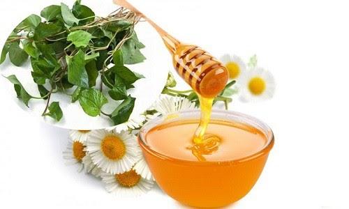 Tác dụng của rau diếp cá trị mụn với da mặt giúp sạch da sáng bóng