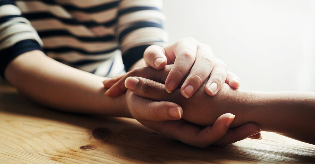 Ảnh đẹp nắm tay tay trong tay