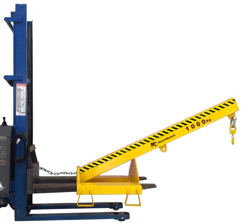Movimente cargas de até 1 tonelada com mais agilidade e segurança utilizando sua empilhadeira em operações que os garfos não alcançam a distância necessária.