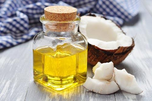 Điều trị hôi nách bằng dầu dừa