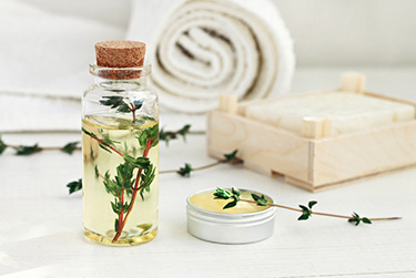 thyme oil treatment