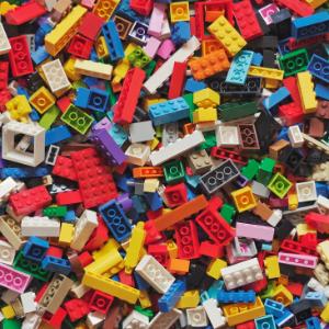 Lego-Brick Club