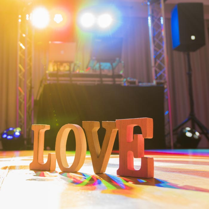 wedding dj equipment love sign