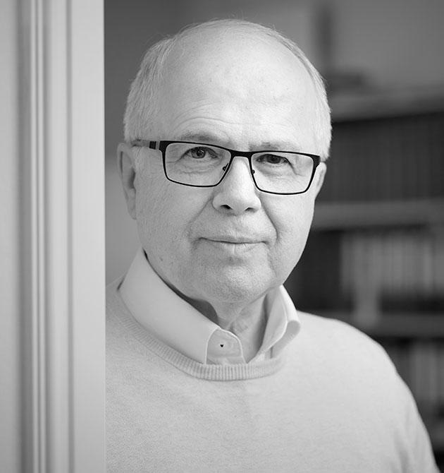 Dr. Frank Wetzling