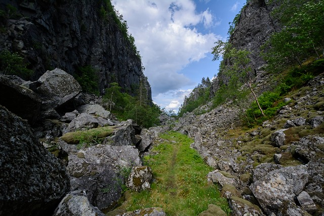 Picture of Hylsskardet, hiking by National Scenic Route Ryfylke.