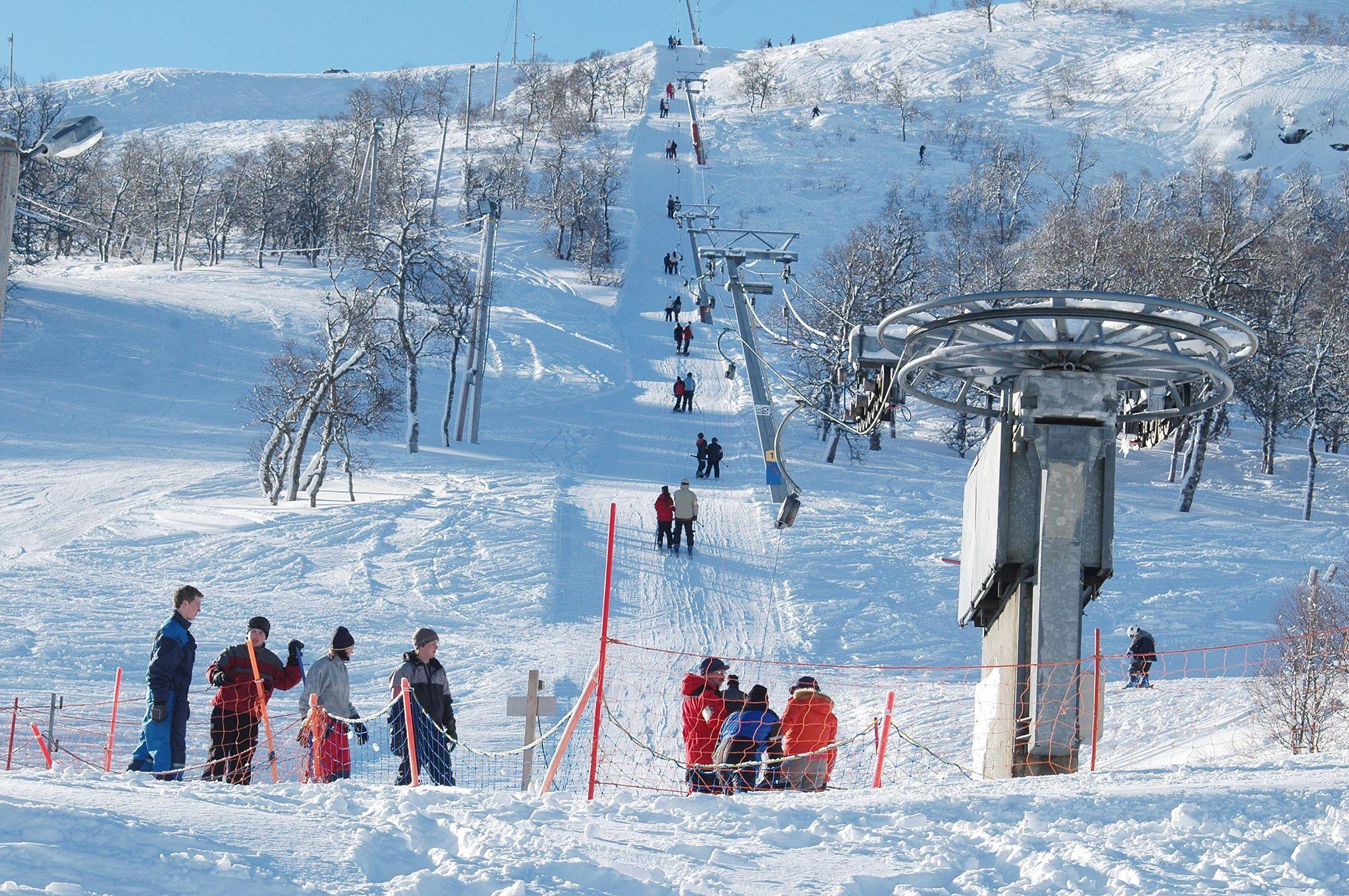 Menneske i slalombakke