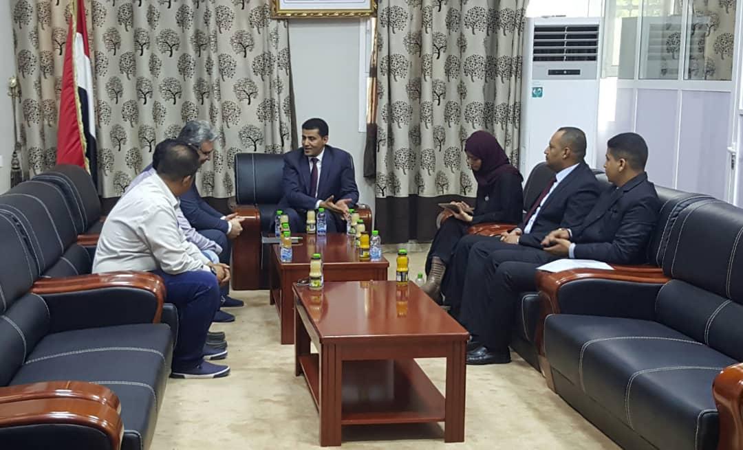 الرعيني يبحث مع الوكالة التركية للتعاون في اليمن الجهود الإنسانية والخدمية