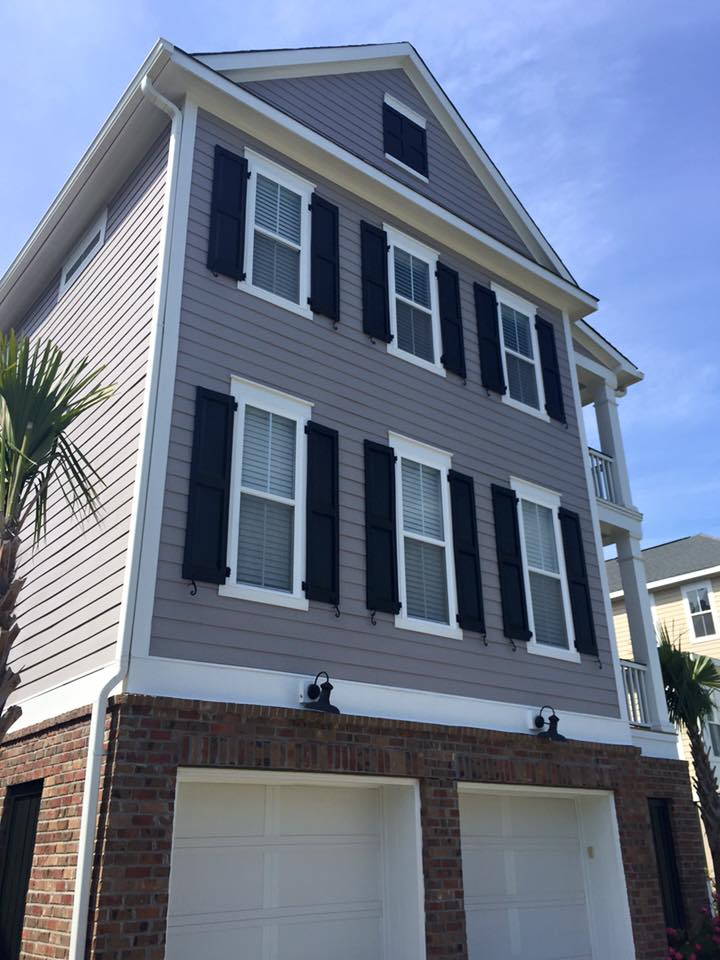 Freshly painted home exterior in Charleston, SC