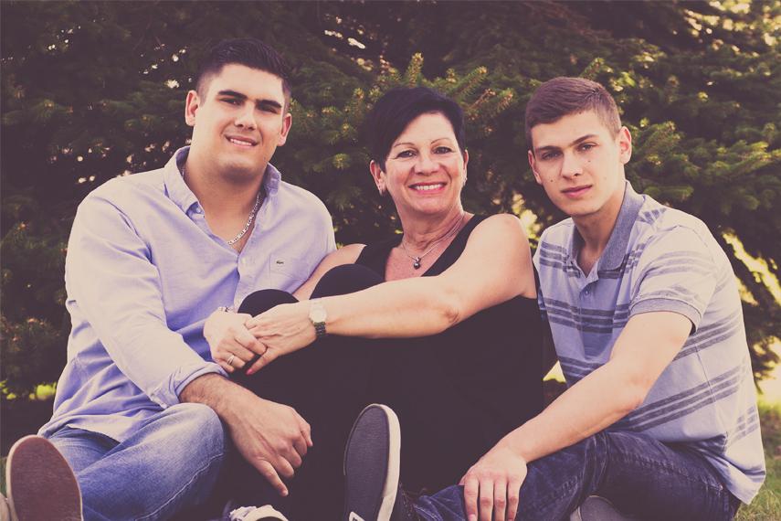 Photo de famille à l'extérieur