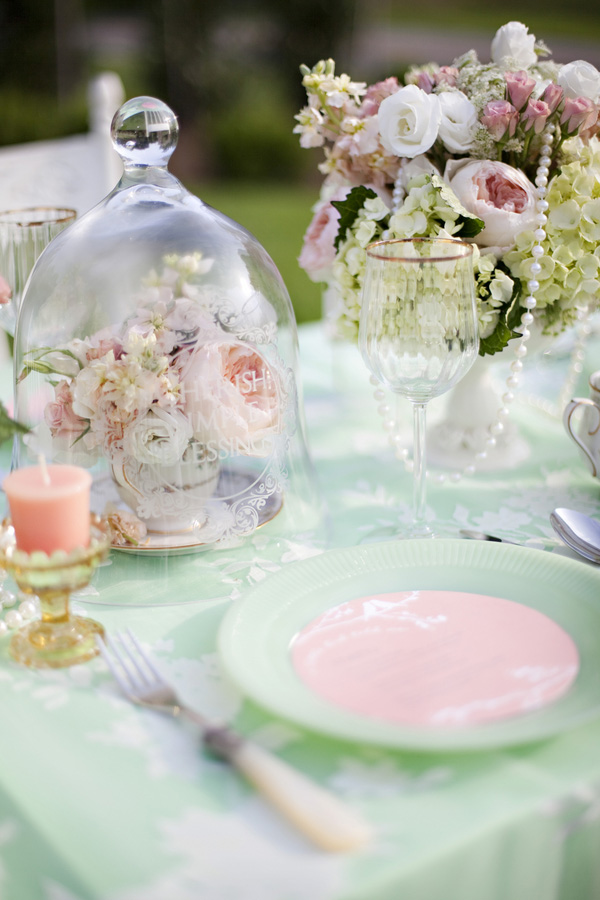 Soft Mint Green and Blush Table Decor Elements