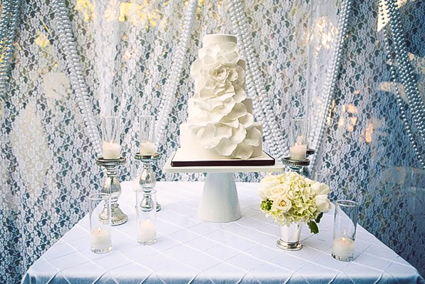 Finer_Events_White_Lace_Wedding_Backdrop_Decor