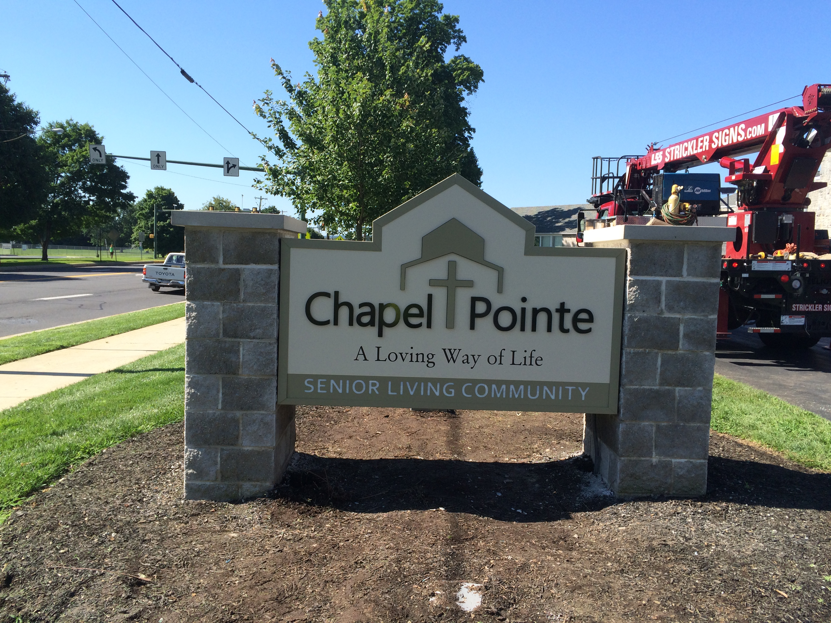 Chapel Point - Monument