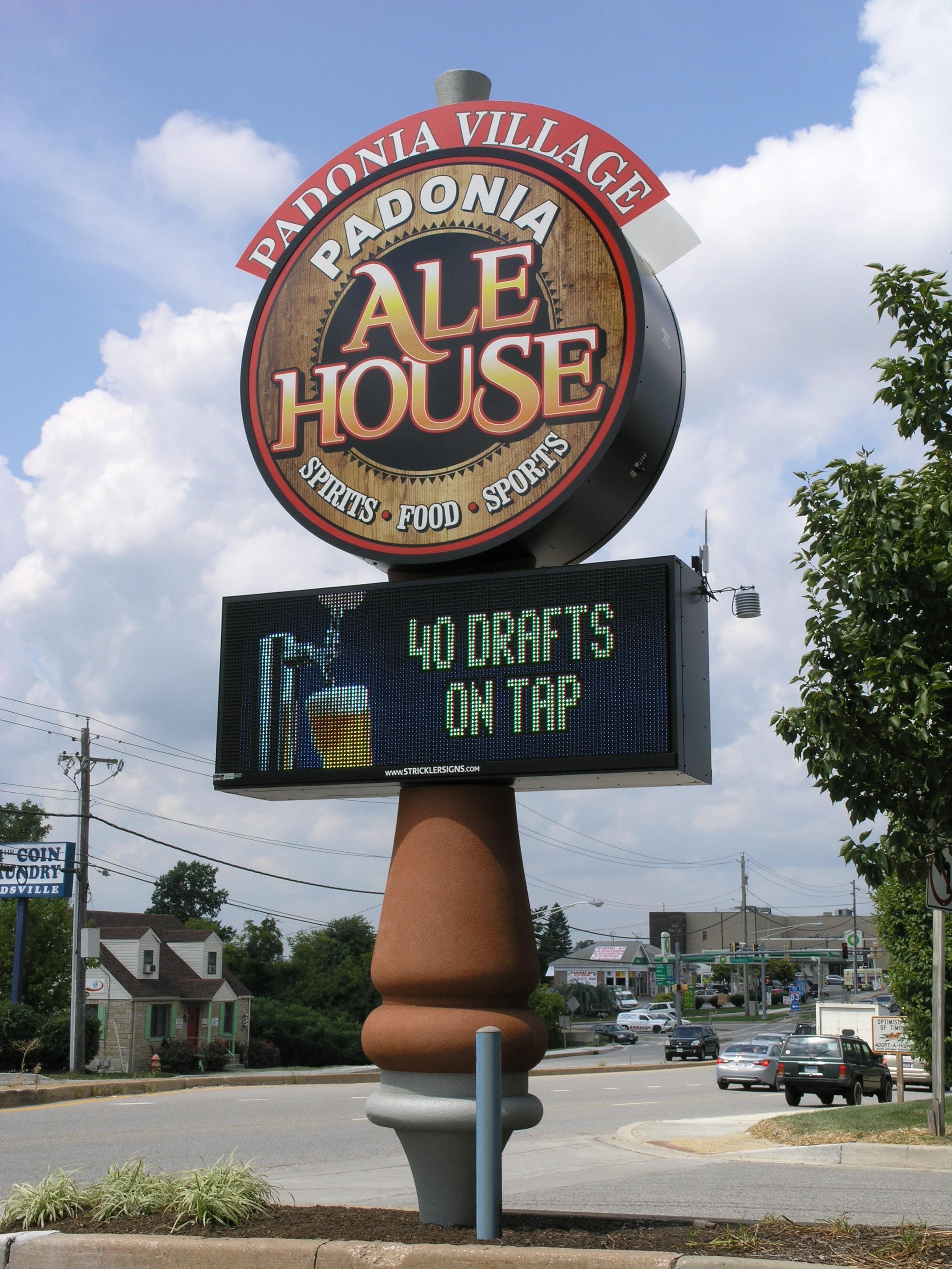 Ale House - Pylon w Digital Sign
