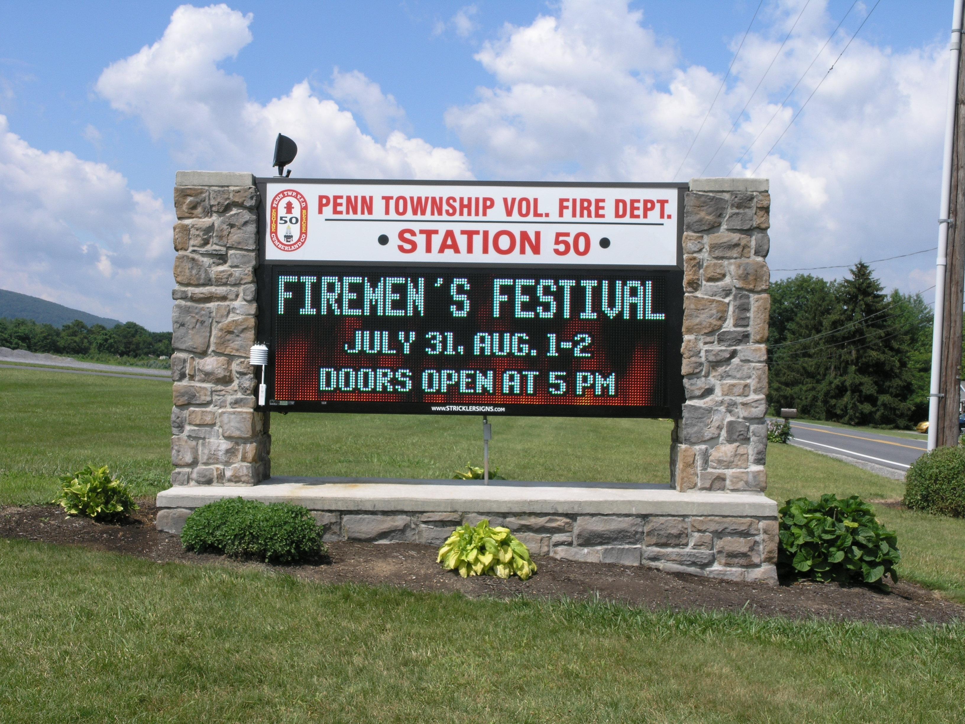 PTFD - Monument w Digital Sign