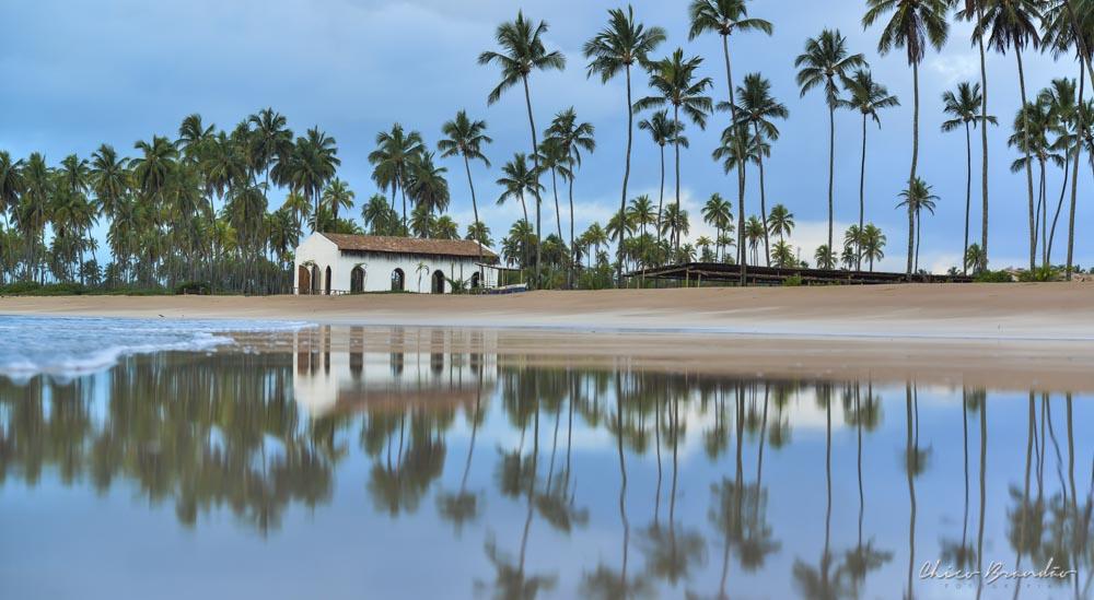 imagem da igreja da praia de maragogi