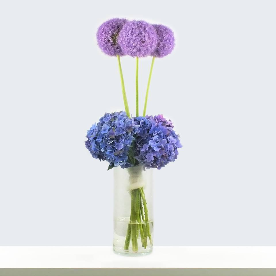 blumenstrauss, blumen zum geburtstag, lila blumenstrauss
