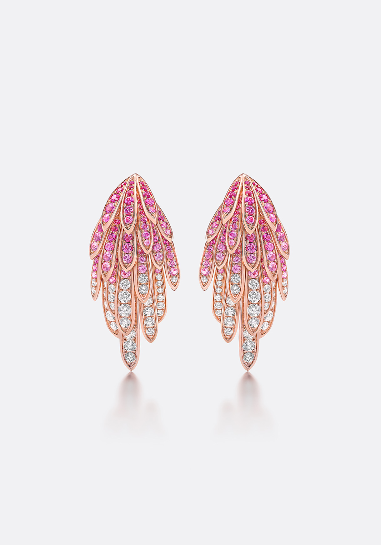 Earrings with a stunning gradation of colour and sparkle.