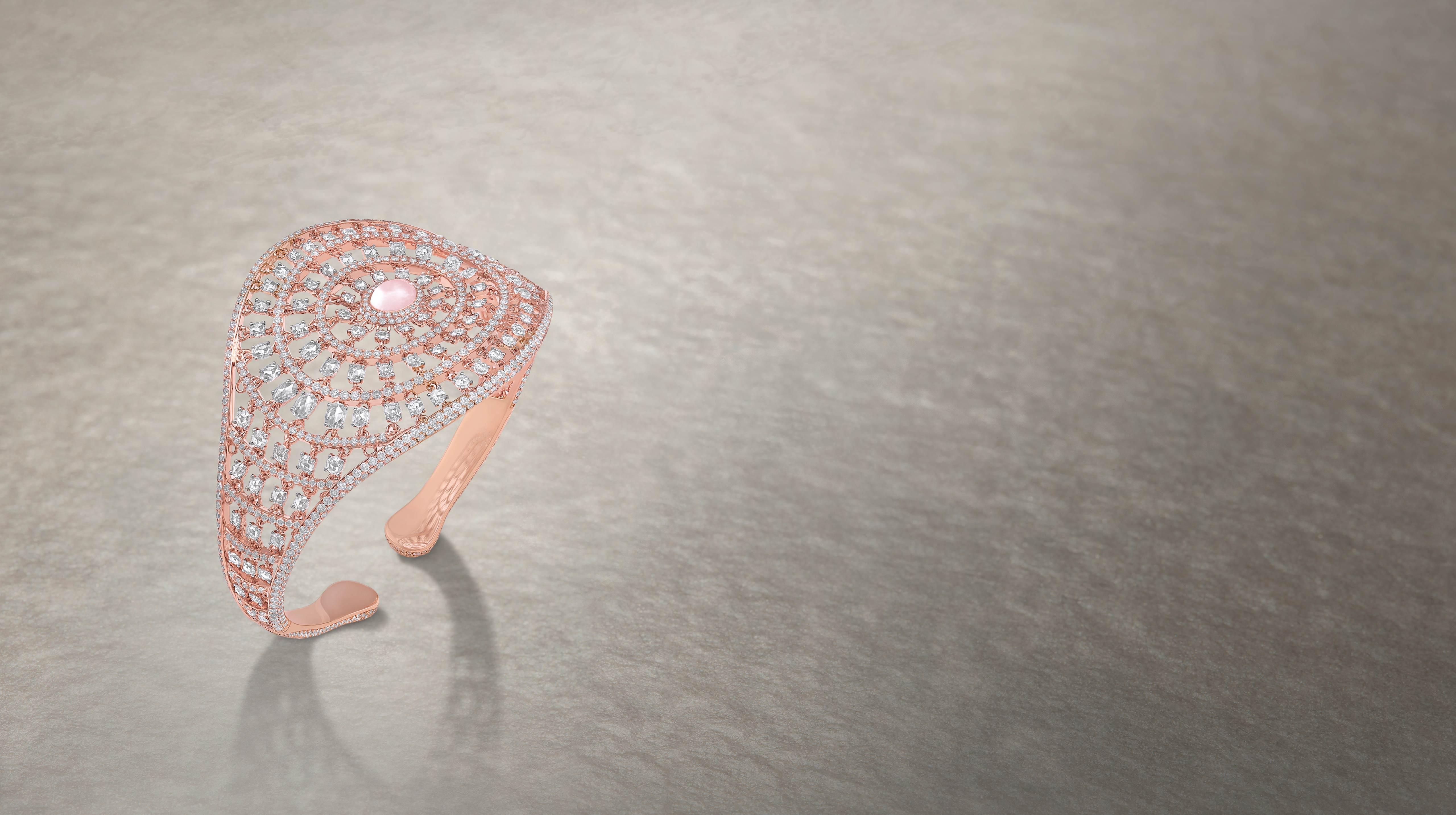 Jewel - elegant, like the evergreen weaves of Lucknowi Chikankari embroidery.