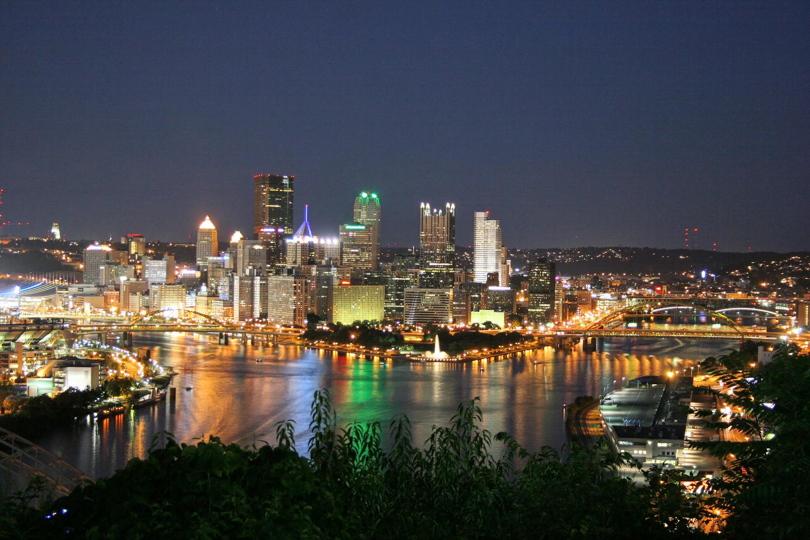 Skyline of Pittsburgh at night