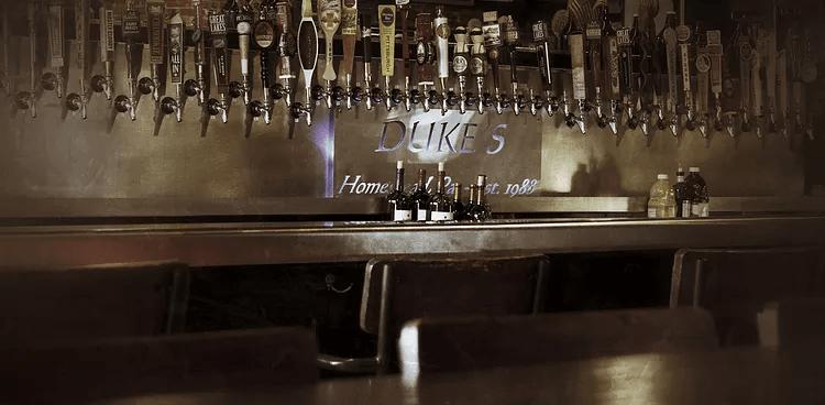 Duke's Upperdeck Cafe