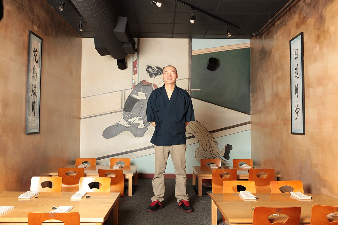 Shu Umi in his restaurant