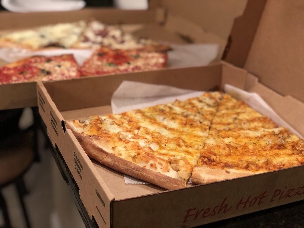 Photo of Biggie's Pizza - Jacksonville Beach, FL, United States. Buffalo Blue