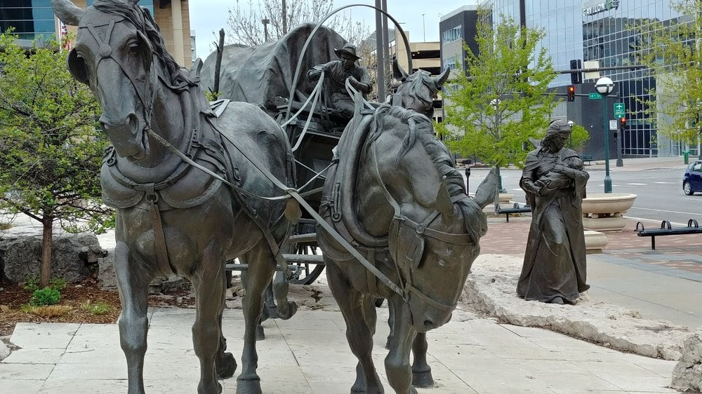 Photo of Spirit Of Nebraska's Wilderness and Pioneer Courage Park - Omaha, NE, United States. More beautiful depiction in bronze