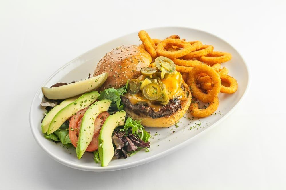 D:\David\Best Kid-Friendly Restaurants in The Bronx Images\Jimmy's Grand Café.jpg