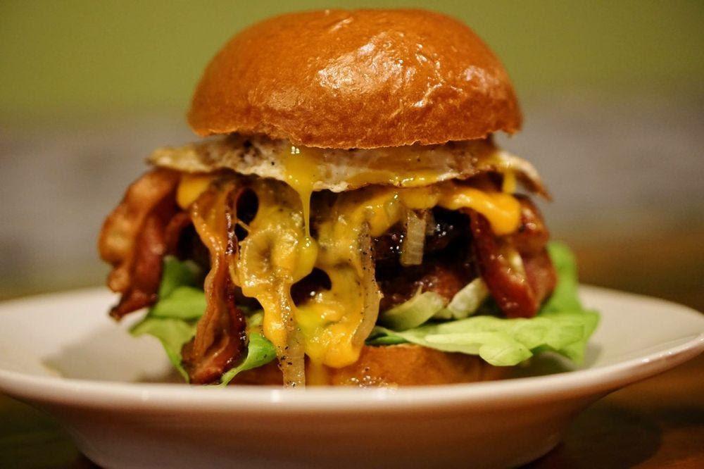 D:\David\Best Kid-Friendly Restaurants in Philly Images\P'unk Burger.jpg
