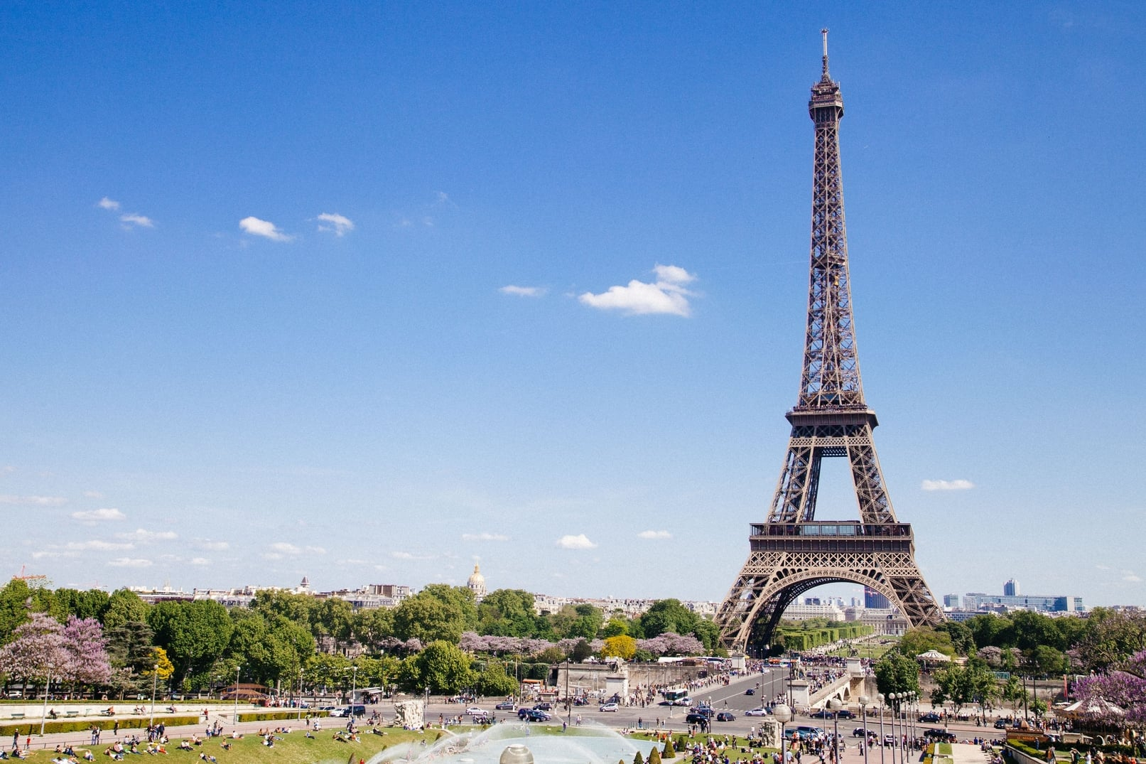 Live and work abroad in Paris