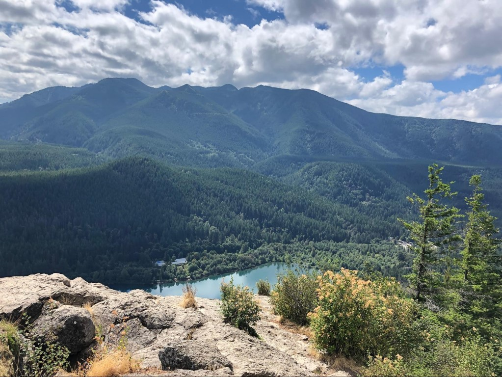 A beautiful view from a hike in the mountains around Seattle overlooking a lake