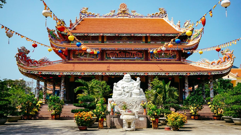 A vibrant Buddhist temple in Da Nang, Vietnam