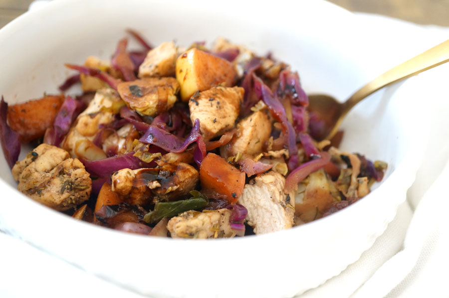 12 Healthy, Easy Dinner Recipes You Have to Try This Week - Balsamic Herb Chicken Bowl