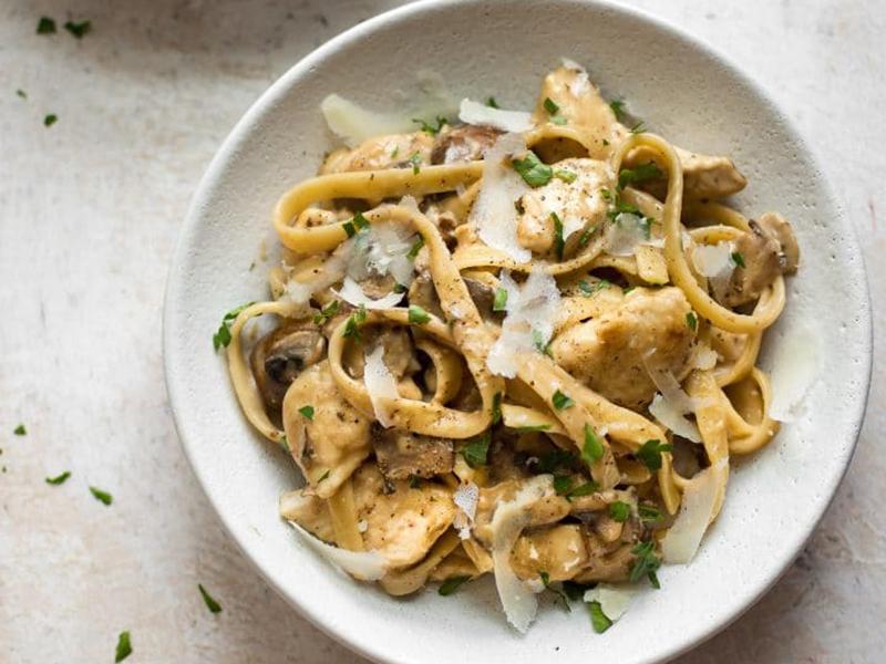 Easy Weeknight Dinner: Chicken Marsala Pasta