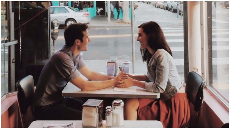 Gặp gỡ và hẹn hò với người khác
